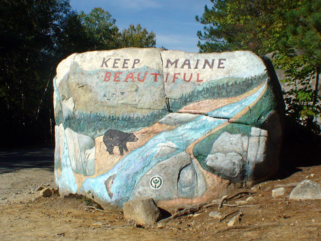 Pockwockamus Rock greets park visitors