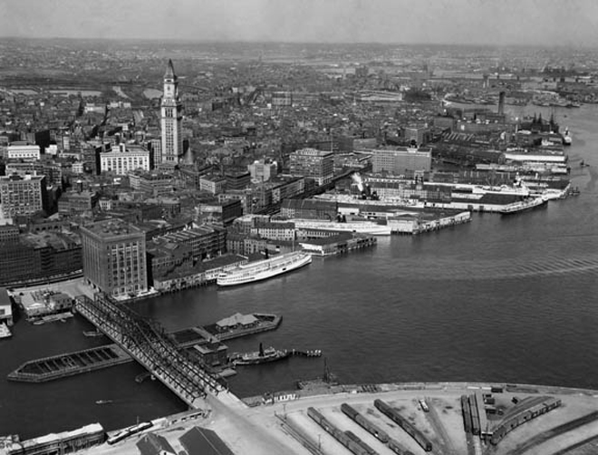 An aerial view of Boston (1925)