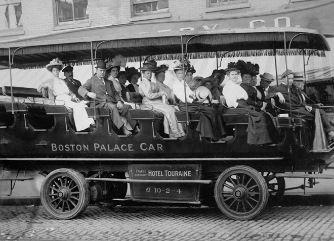 Tourists Aboard The Boston Palace Car (1910)